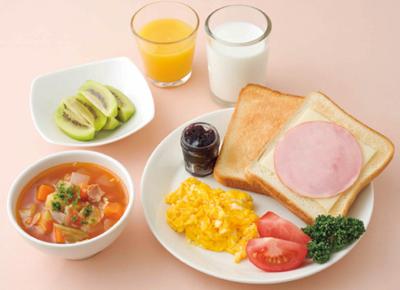 朝食をしっかり食べる