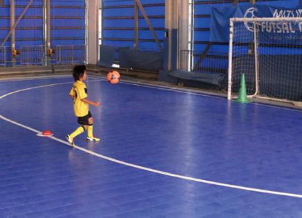 ボールの動きを予想してコントロールしよう