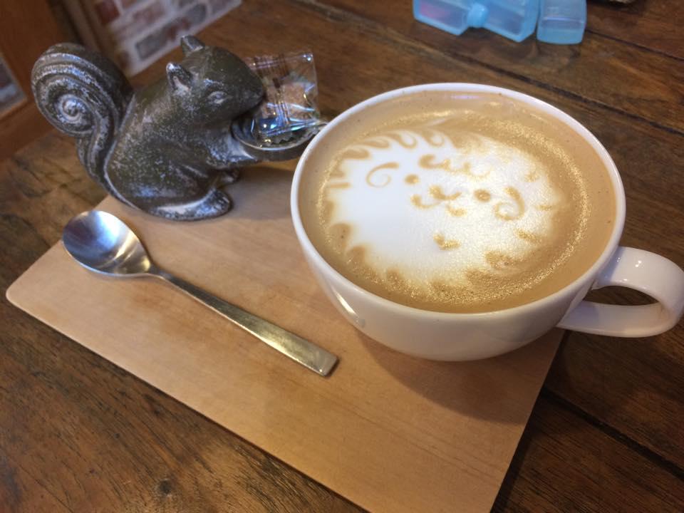 カフェでの朝食タイム