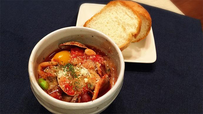 アサリとイロ色野菜のミネストローネ