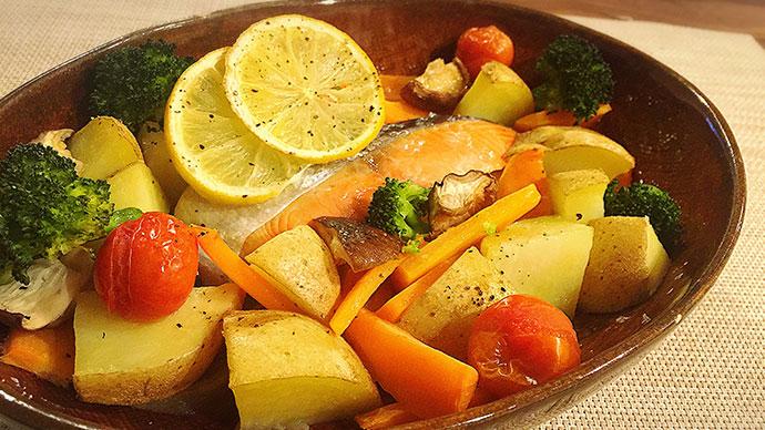 抗酸化パワー!根菜と鮭のオーブン焼き