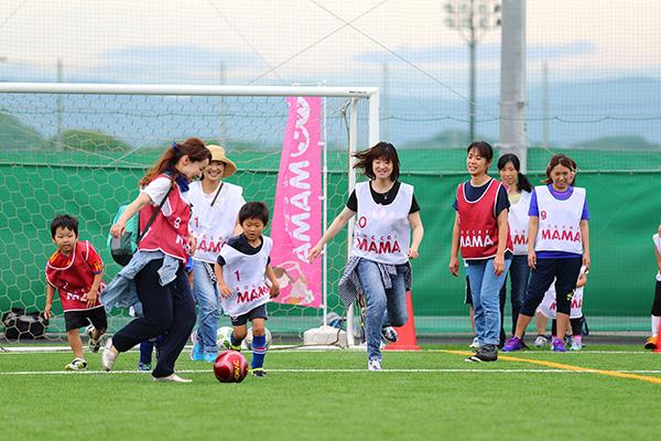ケロッグ×サカママ 親子サッカースクール