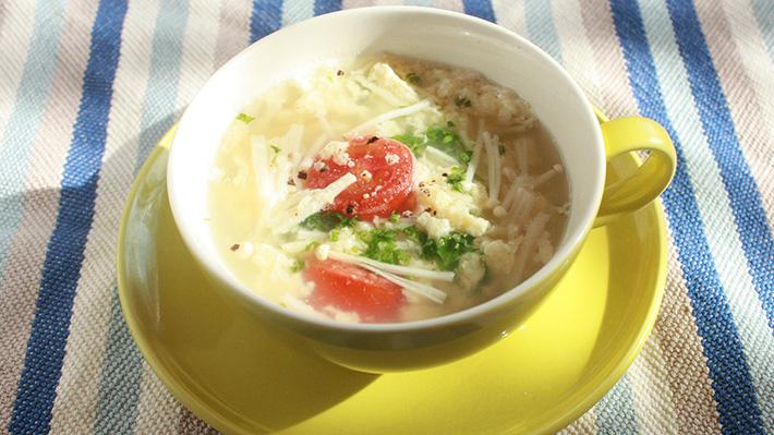 たんぱく質・カルシウムを補う☆たまごとチーズのイタリアンスープ