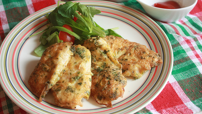 良質なたんぱく質を手軽に☆鶏むね肉のチーズとパセリのピカタ