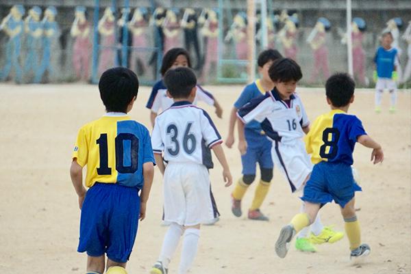 二日目には3年生に混じって試合も経験させて頂きました。