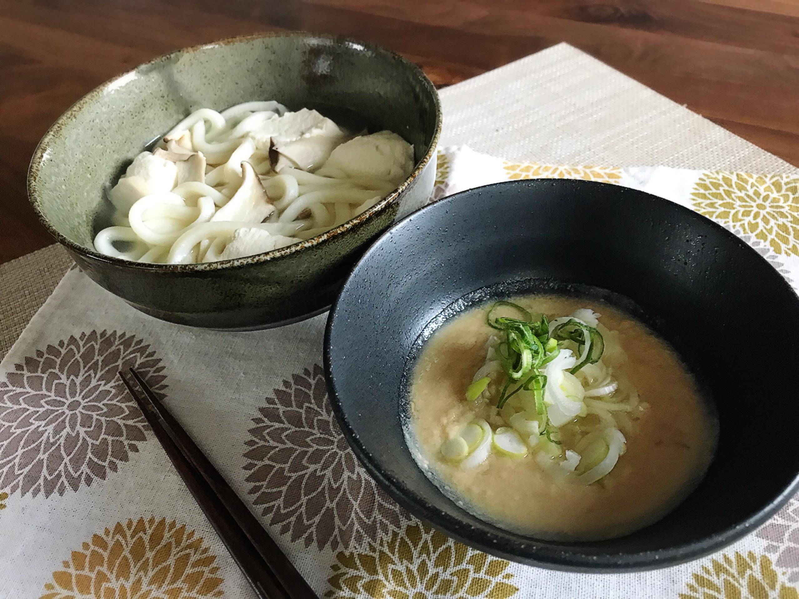 カラダあったまる生姜ごま味噌味★豆腐とエリンギの釜揚げうどん